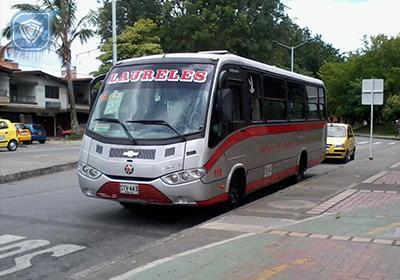 """Hurto y """"Cosquilleo"""" en buses de Laureles 190"""
