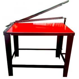 Guillotina metálica con mueble industrial $ 1.000.000